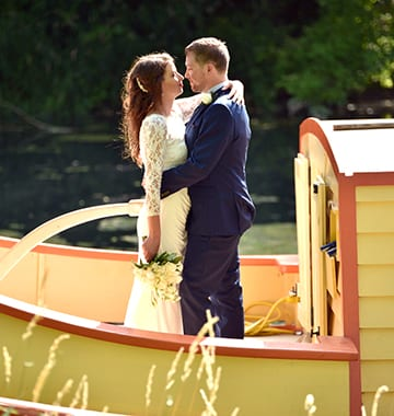host your wedding at the scenic wabash and erie canal