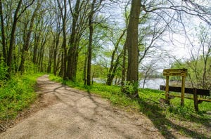 moderate hiking trails in delphi indiana