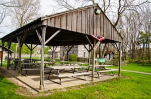 use our speece shelter to eat with your family