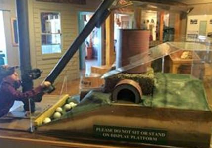 enjoy scale models at our interpretive museum