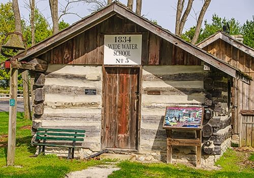 this log school house was created in 1834