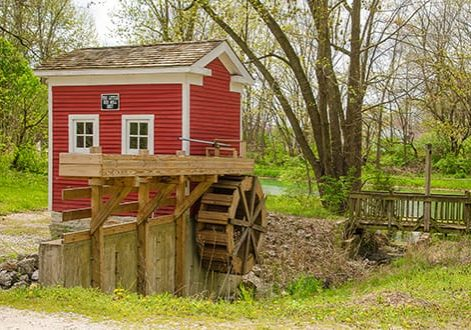 take a walk along the pivot bridge and mill at the wabash and erie canal